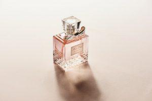 parfumuri pentru 8 martie