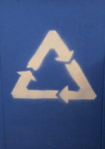 reduce deseurile prin reciclare